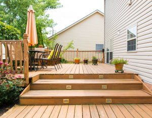 build a safe deck for children and pets